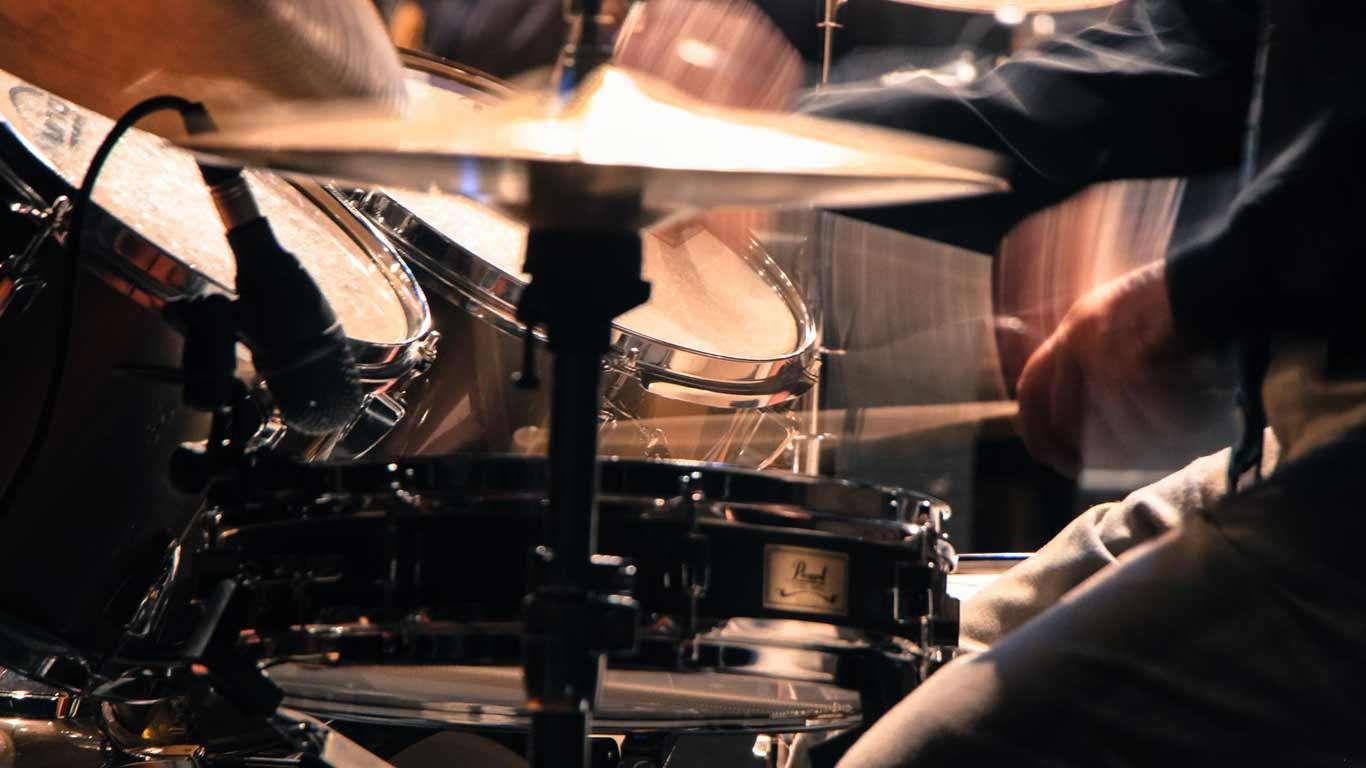 Bubnjarski stalci i pribor
